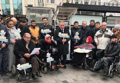 CK Enerji'nin Akülü Sandalye Şarj İstasyonu, Taksim'de 'Hayatı Aydınlat'tı